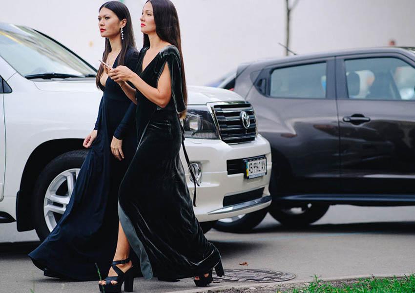 платье и серьги