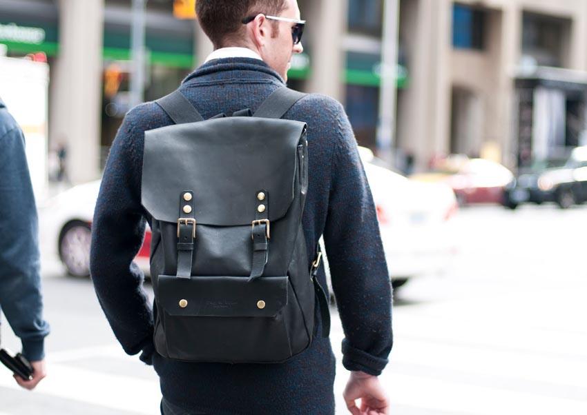 13436e33e4b1 Модные и популярные мужские сумки - весна-лето 2019